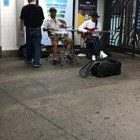 Photo taken at MTA Subway - 23rd St (F/M) by santagati on 6/16/2017