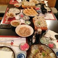 5/1/2013 tarihinde Reem S.ziyaretçi tarafından Tokyo Restaurant'de çekilen fotoğraf