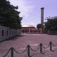Photo taken at Masjid Raya Sabilal Muhtadin by Johan M. on 3/29/2013