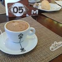 Foto tirada no(a) Cafeteria Maranhão por Cristiane D. em 5/7/2013