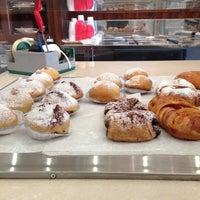 Foto scattata a I dolci di Nonna Vincenza da Luca G. il 4/12/2013