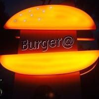 6/5/2014 tarihinde Yılmaz D.ziyaretçi tarafından Burger@'de çekilen fotoğraf