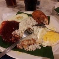 Photo taken at Restoran Darussalam by Miss Z. on 1/22/2013
