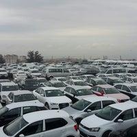 Photo taken at Doğuş Oto Stok Sahası Kartal by Yener Y. on 11/23/2014
