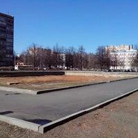Photo taken at Площадь Академика Вишневского by Роман В. on 3/29/2014