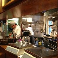 Photo prise au Restaurant Le P'Tit Plateau par Marc Andre R. le9/7/2013
