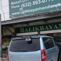 Photo taken at Balikbayan Handicrafts by Ajie 7. on 8/15/2013