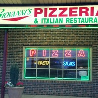 Photo taken at Giovanni's Pizzeria by Shawn Spencer P. on 9/19/2016