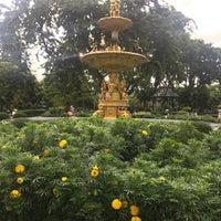 Das Foto wurde bei Saranrom Park von Phatcha C. am 8/24/2018 aufgenommen