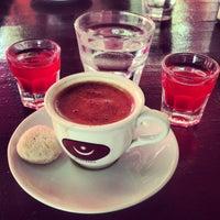 8/25/2013 tarihinde Sedef A.ziyaretçi tarafından Eski Kahve'de çekilen fotoğraf