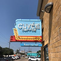 Photo taken at Cuvée Coffee by Knick B. on 9/4/2017