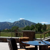 Photo taken at Sun Valley Club & Golf Course by Svend on 7/6/2014