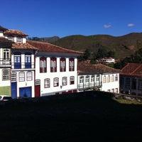 Photo taken at Centro Histórico de Ouro Preto by Carolina R. on 5/27/2015