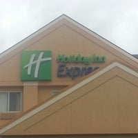 Photo taken at Holiday Inn Express Lapeer by Brad W. on 8/2/2013