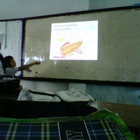 Photo taken at SMA Negeri 1 Manado by Kifli H. on 4/11/2013