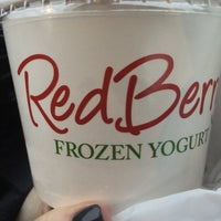 Photo taken at RedBerry Frozen Yogurt by Diana D. on 2/12/2017