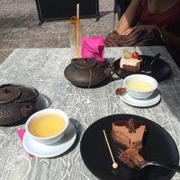 Photo prise au Café Mozart par Mey Y. le6/3/2015