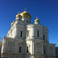 Photo taken at Воскресенский Новодевичий женский монастырь by Леночка🌺 К. on 3/28/2013