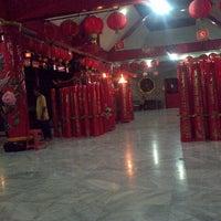 Photo taken at Vihara Sian Djin Kupoh by Eeng R. on 1/29/2014