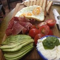 8/5/2013 tarihinde Polina💃💃💃 P.ziyaretçi tarafından Breakfast Cafe'de çekilen fotoğraf