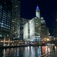 Foto scattata a Chicago Riverwalk da Jose R. il 4/27/2013