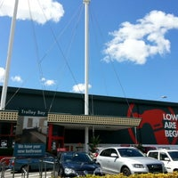 Photo taken at Bunnings Warehouse by Tim D. on 10/14/2012
