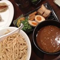 Photo taken at つけ麺らーめんダイニング 春樹 by Mariko Y. on 8/13/2013