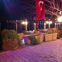 3/27/2013 tarihinde Bülent Ö.ziyaretçi tarafından Hüsnü'nün Yeri Balık Lokantası'de çekilen fotoğraf
