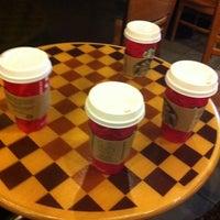 11/30/2014 tarihinde Ece Y.ziyaretçi tarafından Starbucks'de çekilen fotoğraf