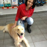 Photo taken at Mania de Bicho Pet Shop by Sintia R. on 8/1/2013