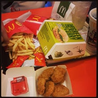Photo taken at McDonald's by Liting N. on 4/23/2014