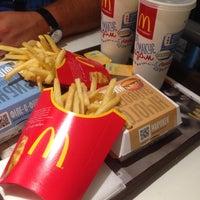 Снимок сделан в McDonald's пользователем Artem V. 7/29/2015