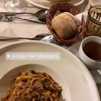 Снимок сделан в La Scala пользователем Valeria M. 10/14/2017