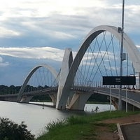 Photo taken at Orla da Ponte JK by Dinha on 4/7/2013