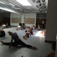 Foto tirada no(a) Broadway Dance Center por Tatiana Pimenta D. em 7/12/2014