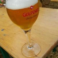 Photo taken at Gulpener Hopfeest by Peter H. on 9/10/2017