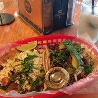 Foto tirada no(a) Torchy's Tacos por Jeff E. em 10/1/2013