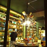 Photo taken at Minoa Bookstore & Café by Zafer N. on 1/31/2015
