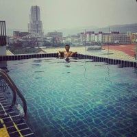 Photo taken at Hallo Patong Hotel & Restaurant by Bekir Ç. on 8/29/2015