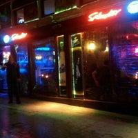 Foto tomada en Splendor Bar por Emircan Ö. el 4/8/2013