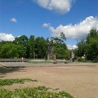Снимок сделан в Летний сад пользователем Katerina B. 5/27/2013