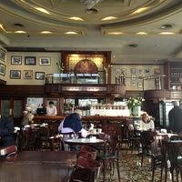 รูปภาพถ่ายที่ Café de los Angelitos โดย Maria Gabriela Z. เมื่อ 4/8/2013