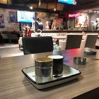 Photo prise au Coffeemania par Metin K. le10/18/2018