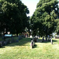 Photo prise au Copp's Hill Burying Ground par Alex S. le7/8/2013