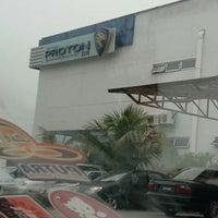 Photo taken at Proton Service Bukit Pasir Batu Pahat by AQed B. on 3/28/2013