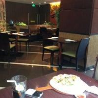 Photo taken at PizzaHut 必胜客 by Mathael K. on 9/10/2013