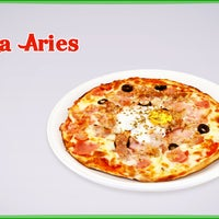 Foto tomada en Pizzeria Aries por Pizzeria Aries el 4/21/2014