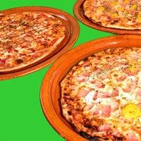 Foto tomada en Pizzeria Aries por Pizzeria Aries el 8/24/2014