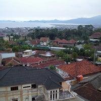 Photo taken at tower protelindo gg mangga by Uwak H. on 4/6/2013