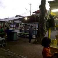 Photo taken at Es Cendol Pattimura by Sutan Hendy A. on 7/4/2014